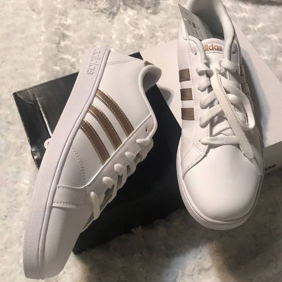 Rose gold adidas baseline NEW IN BOX
